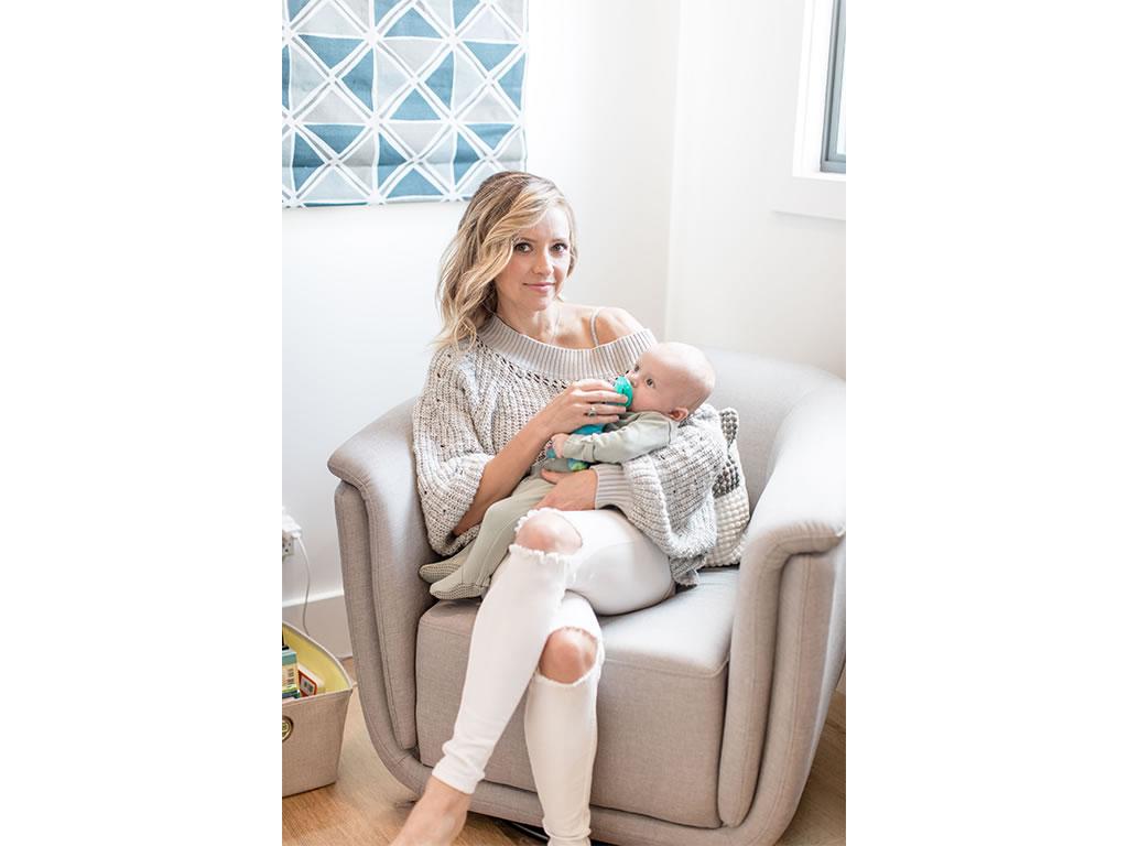 Christine Lakin's Modern Maddox Nursery for Baby Baylor Pic 3