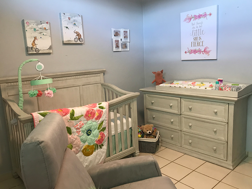 Evolur Madison Baby Alicia's Nursery 1