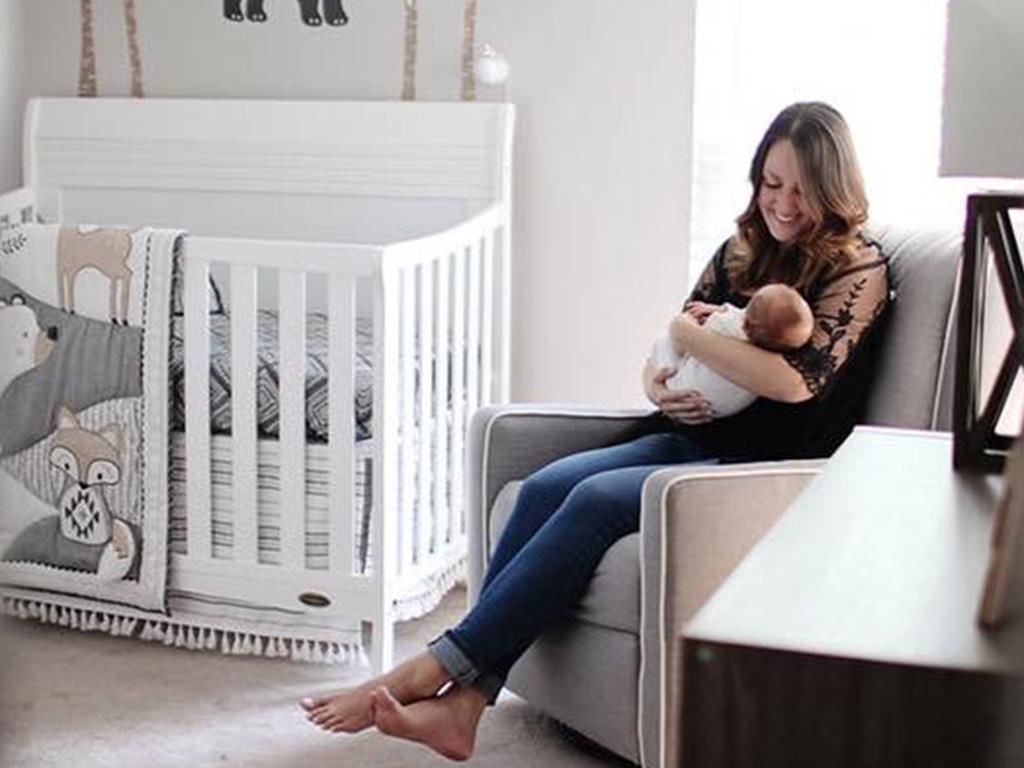 Dream On Me Bailey Crib Chelsie Baby Nursery 1