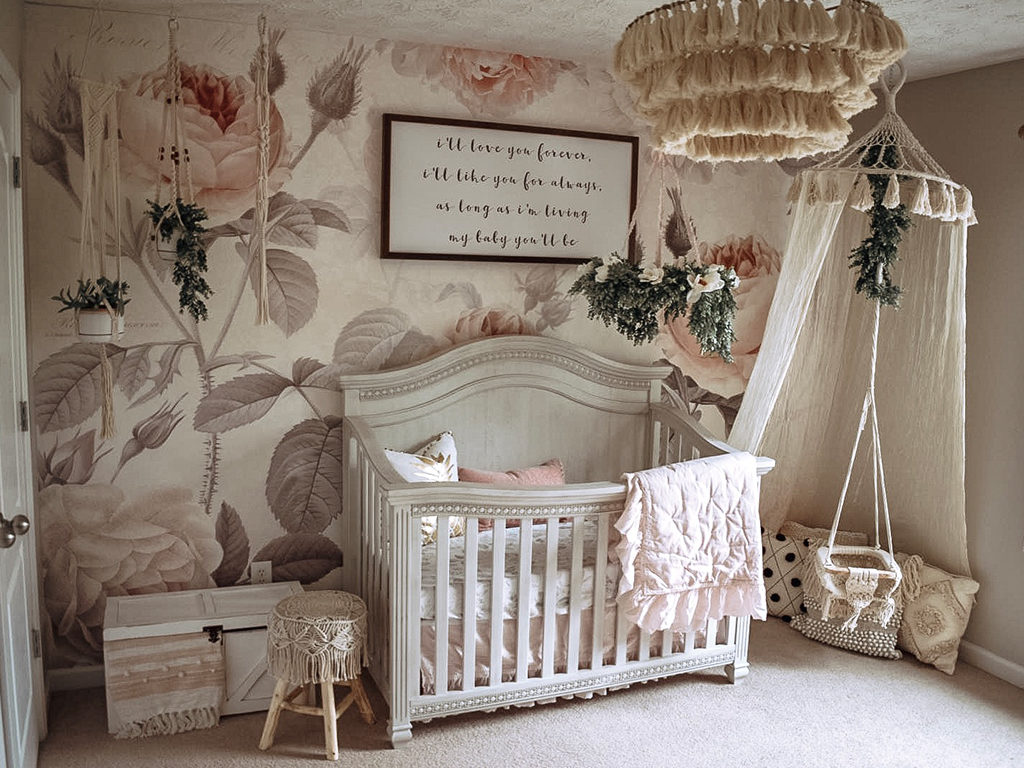 Go bold with floral wallpaper. How stunning is this dreamy nursery featuring the Madison (Curved Top) 5-in-1 Convertible Crib!