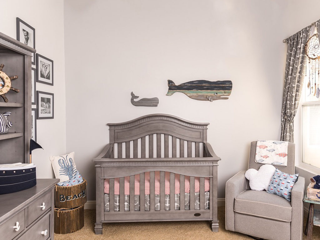 Of belugas and whales - Actress Amy Davidson's underwater themed nursery with the Evolur Cheyenne 5-in-1 Convertible Crib