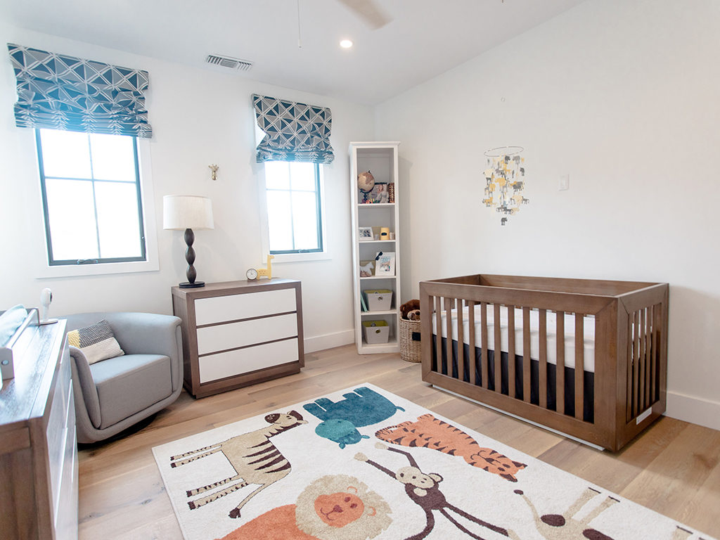 What a happy place to grow up in - Christina Lakin's animal themed Evolur Maddox nursery