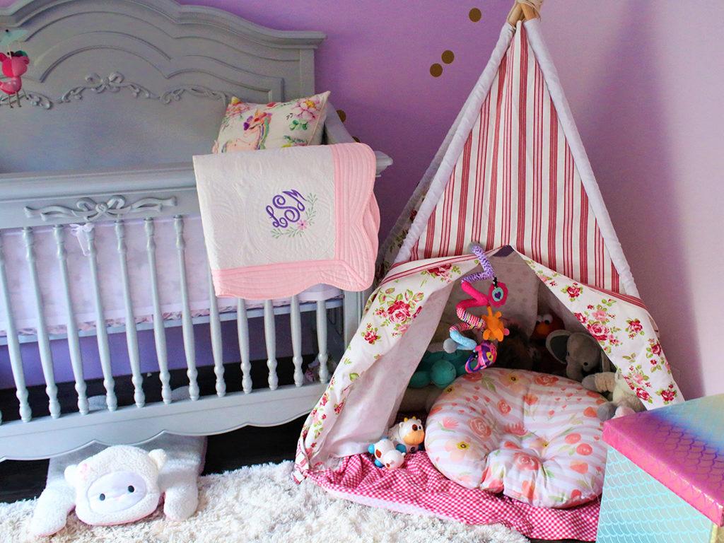 Baby Lilith's charming Evolur Aurora Nursery Image 9