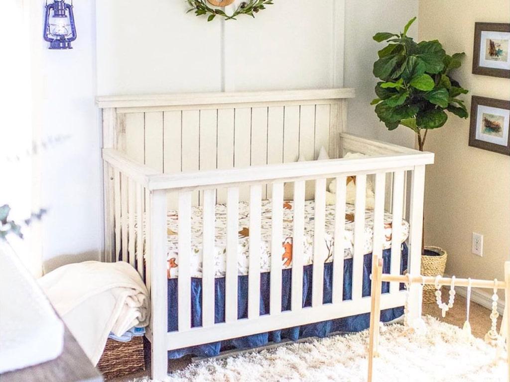 Sweetpea Baby Redwood 4-in-1 Convertible Crib