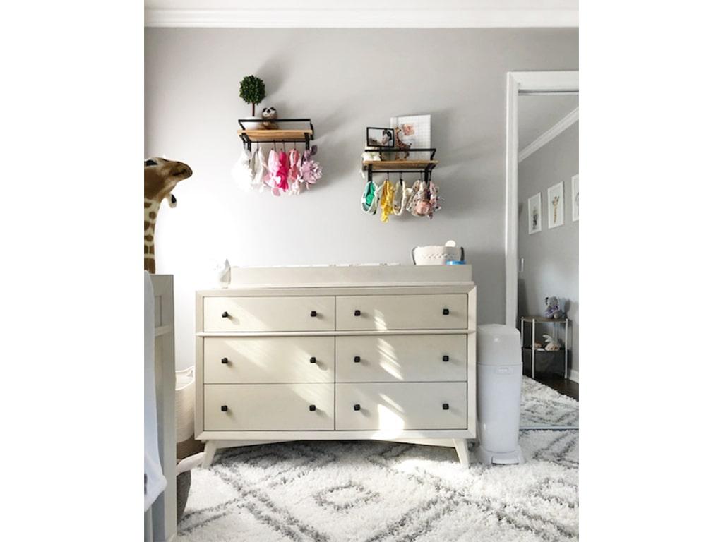Antilia Dresser